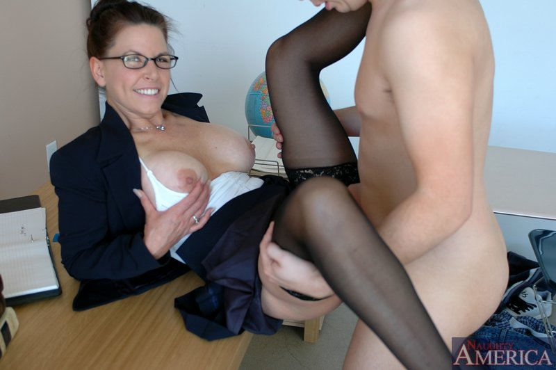 Rosario recommends Shared double penetration messy gagging