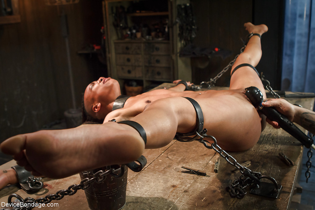 Chloroformed women in bondage