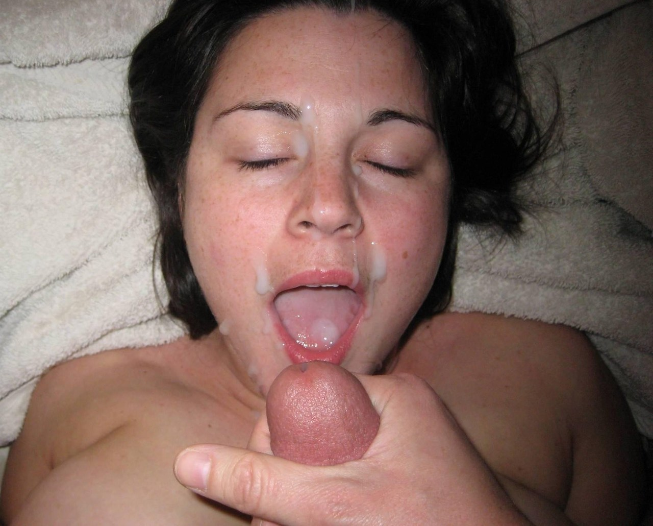 ejaculation Slut mom freckles