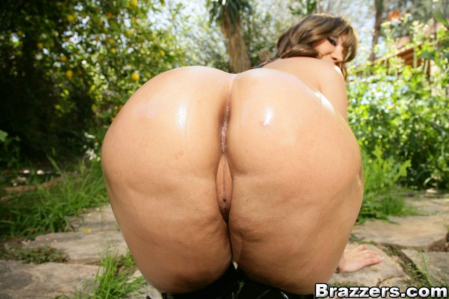 big watching Boobs outdoor butt