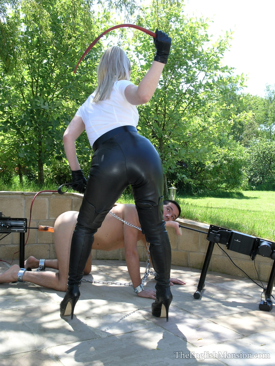 Ronni recommend Pantyhose street kinky first time