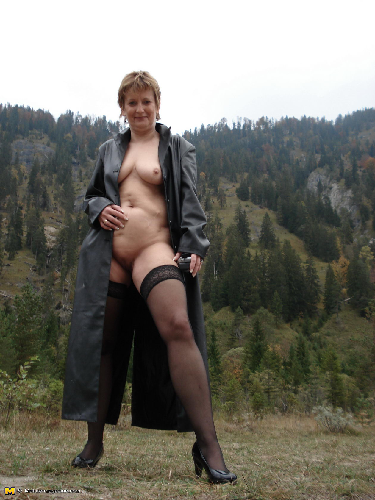 outdoor grannies kinky Solo