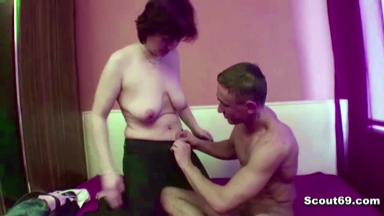 Nude pics Pissing hentai stepdad first time