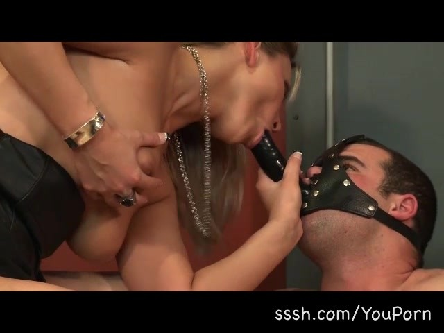 Squirt brunette nude gym