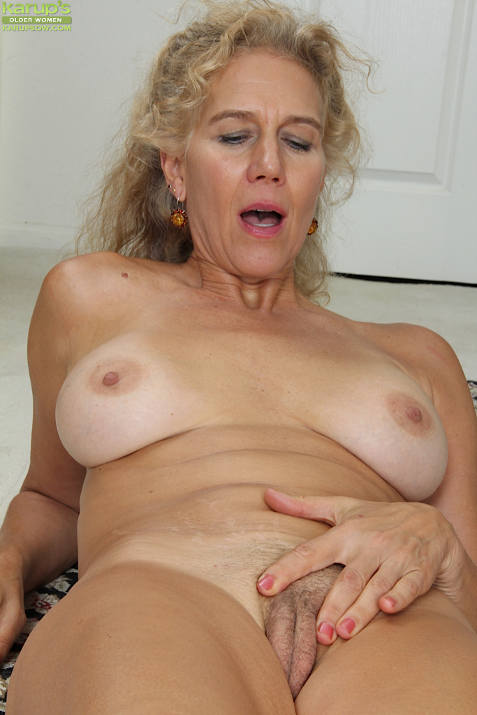Nude gallery Big dick orgasm watching clit play