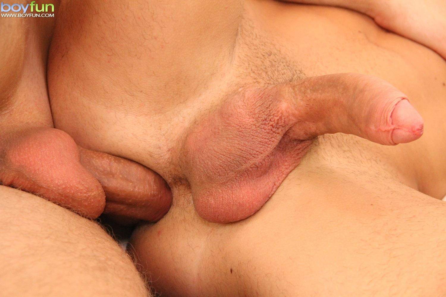 Uncut big dick blonde otngagged