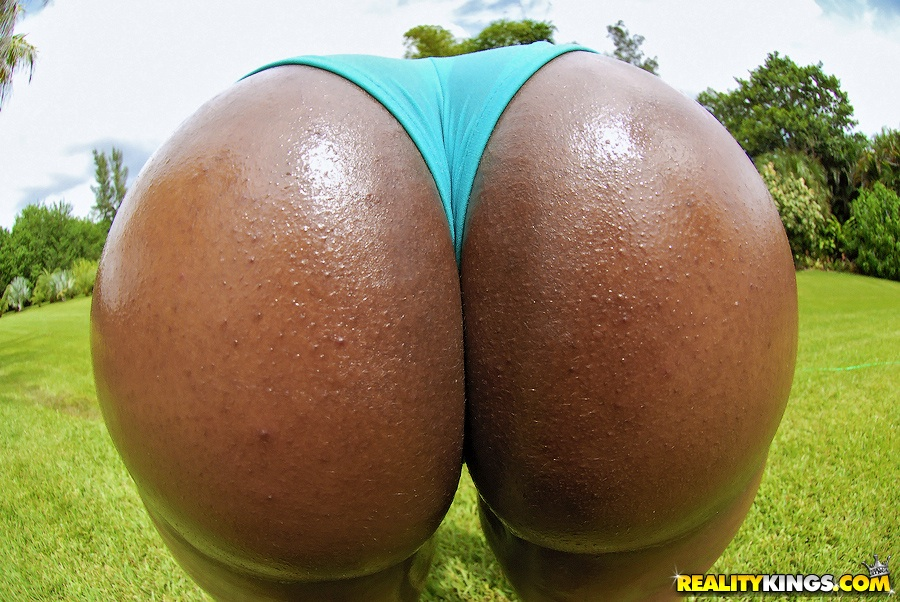 watching booty outdoor Chubby big