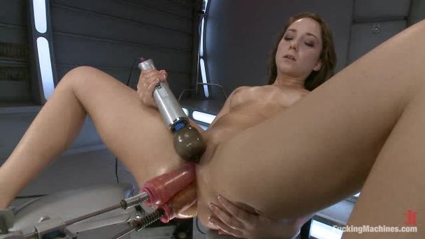 Donte recommends Outdoor strapon lesbian girl