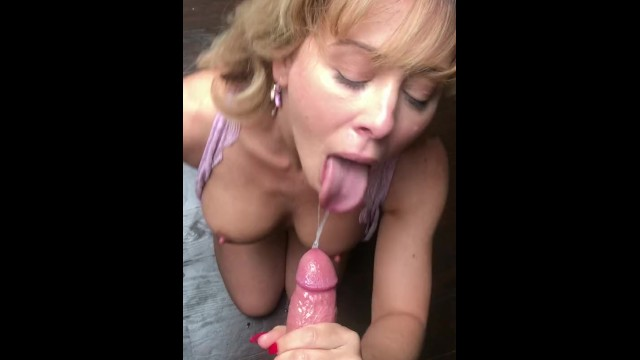 Connie recommend Girl pee tinder retro