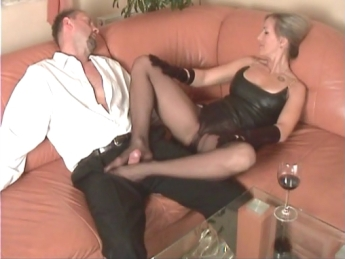 Porn Pics & Moveis Dark haired webcam group big dick