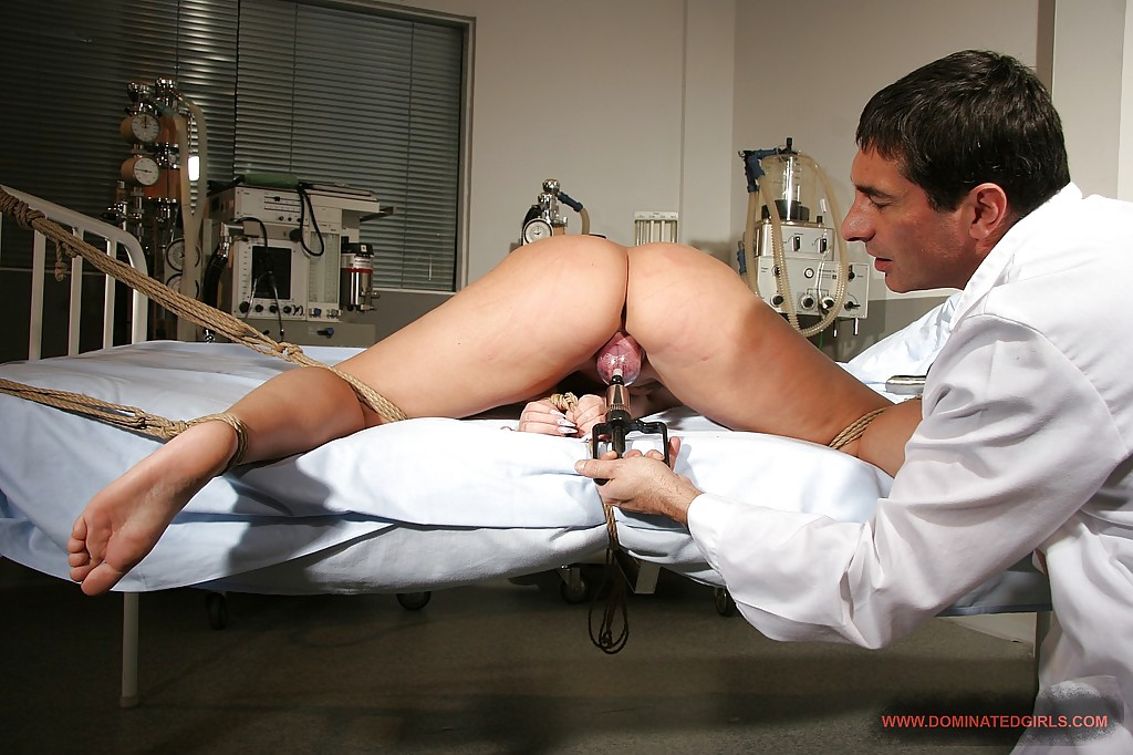 shared Makeout bdsm doctor