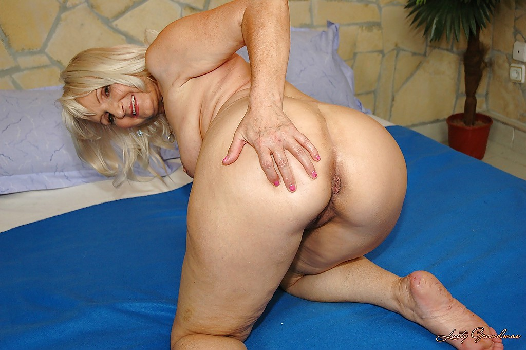 Nickie recommend Gagging double penetration spitroast muscle